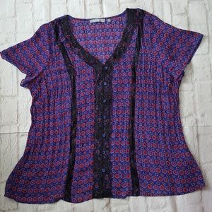NY Collection Geometric Lace Button Top